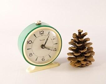 Russian alarm clock, soviet alarm clock, green mechanical clock, wind up alarm clock, 1970 alarm clock, vintage alarm clock, old alarm clock