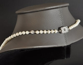 Alcyone necklace - silver and pearls of cultures