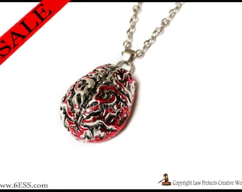 Anatomical Bloody Brain Necklace,Hannibal Movie,Anatomical Brain Pendant,Human Brain Necklace,Anatomical Bloody Brain Necklace,