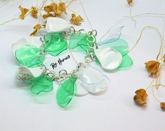 Plastic bottle bracelet upcycle