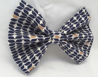 blue patterned bow, blue patterned clip , hair bow, hair accessories