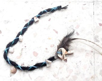 Seashell charm hair accessory for beach wedding. Human hair dreadlock extension. Ocean themed jewelry. Bridesmaid hair accessories.