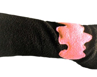 Arm warmer Black Fleece without thumb with pink bat punk gothic