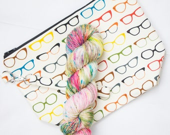"""PRE0RDER-- Kit--Knit Style Glasses Bag--""""Spotted....."""""""
