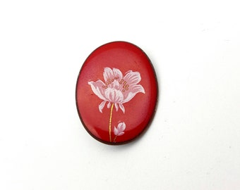 Beautiful White Flower Red Enamel on Metal Brooch Vintage from the 90s Summer Spring Mother's Day gift for her