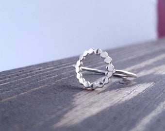 Sterling silver hammered open circle bead ring. Simple minimalistic silver halo ring.