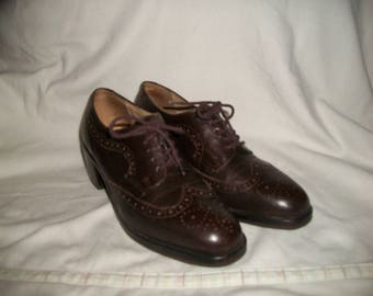 Womens Vintage Kenneth Cole Brown leather Wing Tip Oxfords Size 8.5 M