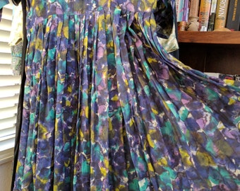 50's vintage Mad Men secretary dress, beautiful purple abstract flower print! Size M!