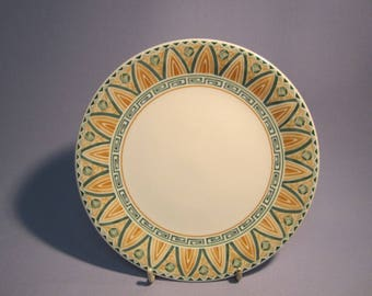 Crown Staffordshire Tunis 6,7/8 inch Side Plate