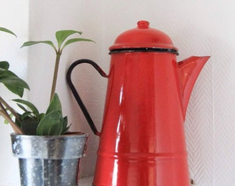 Old teapot and Red enamel coffeepot