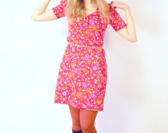 Friday on My Mind c. 1960's Flower Power Button up Shift Dress Psych Groovy Hippie