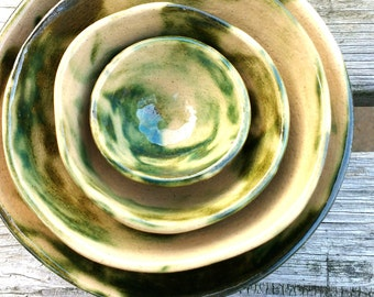 Handmade food safe green marbled ceramic nesting bowls - Set 1, perfect for home decor, rings, earrings, nibbles, prep bowls