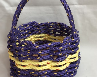 Small Infinity Knot Basket