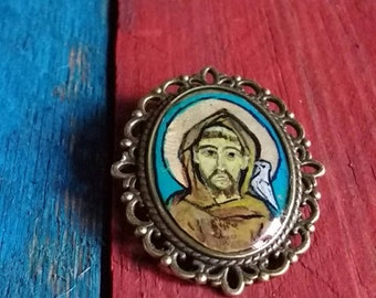 Icons.icon. orthodox. Brooches.pin. Brooch. Hand painted.hand made. Fair trade.metal leaf. Rustic look.. oriental .story of past series.