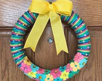 Yellow Yarn Wreath / Colorful Door Wreath / Yellow Door Wreath / Summer Yarn Wreath / Striped Summer Wreath / Striped Door Wreath