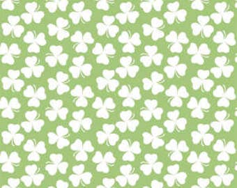CLEARANCE - Riley Blake - Holiday Banner Coordinates - Holiday Clover Shamrock - C562-SHAMROCK