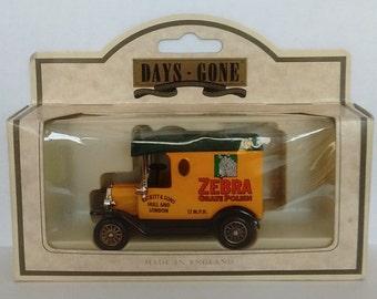 Days Gone 1920 Ford Model T Zebra Grate Polish Die-Cast Van