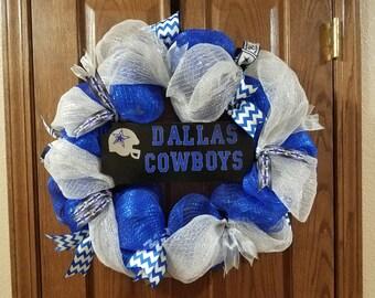Dallas Cowboys DecoMesh wreath