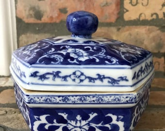 Blue and White Vintage Jewelry Box- Chinoiserie- Home Decor- Jewelry Box