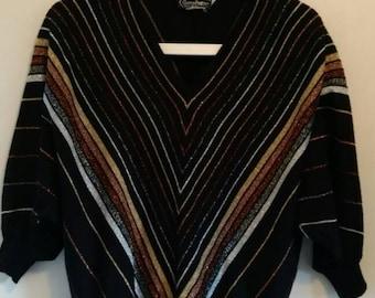 Vintage ladies 70s batwing v-neck sweater... Black / metallic