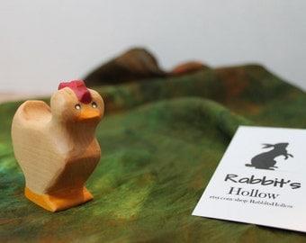 Hen // Waldorf stlye // Wooden figure
