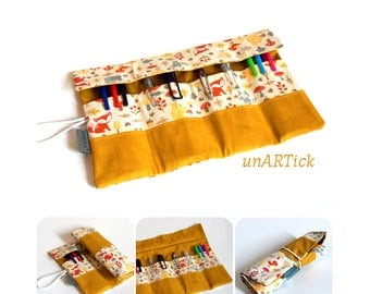 PIN roll, roll pencil case, brush roll, spring bag