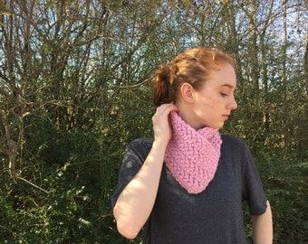 Winter Chunky Cowl / Crochet Bandana Neck Warmer / Bandana Cowl / Chunky Knit Cowl / Chunky Neck Warmer