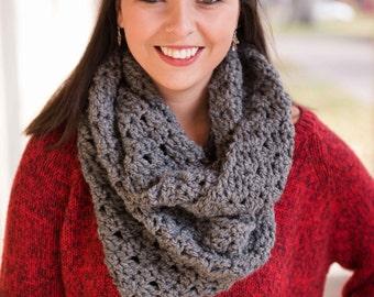 Gray Infinity Scarf/ Crochet Infinity/ Chunky infinity/ Grey Scarf/ Crochet Lace Infinity Scarf