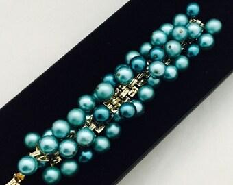 1960's Turquoise Cha-Cha Bracelet