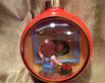1984 Hallmark collectible Christmas ornament, vintage, in great condition