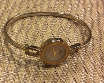 Citizen quarts ladies vintage watch