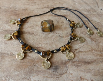 Tribal Necklace Tiger Eye • • • tribal • • Ethnic • • • Tiger's eye necklace