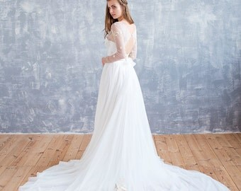 Wedding Dress Ivory, Wedding Dress Lace, Wedding Dress, ivory Wedding Dress, tulle Wedding Dress, Elegant Wedding Gown, Long Train Dress