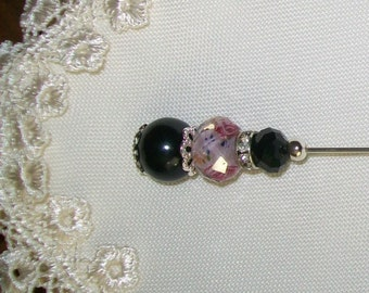 Elegant & Gorgeous Black / Pink Hat Pin