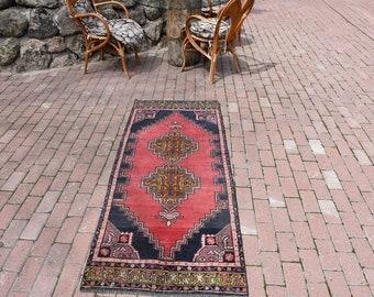 Pale Color Anatolian Turkish Rug 2.6 ft x 6.4 ft Floor Rug Turkey Rug Decorative Wool Rug Vintage Rug Area Rug Turkish Nomad Rug