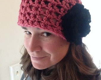 Adult crochet hat w/ flower (pink)