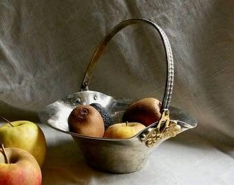 Basket, Fruit Bowl, Vintage Basket, Decorative Basket, Grape Motifs, Golden Grapes