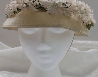 Vintage Cloche-Type Cream Straw Hat with Flowers, Leaves, and Ribbon