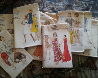 Lot of 12 Vintage Vogue Sewing Patterns