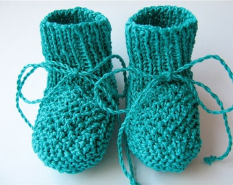 Hand Knitted Baby Girl/Boy Shoes/ Baby Girl Booties/ Newborn Shoes/size 0-8M/Green Baby Booties/Crib shoes