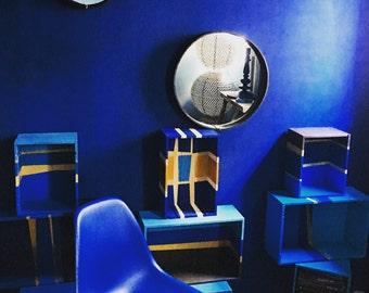 Half wall electric blue