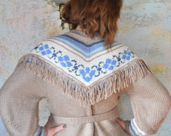 Women's hand knitted costume, Cowgirl, Western Costume, Fringed
