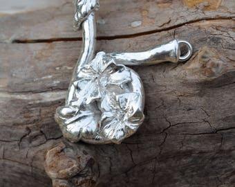 Fine Silver Flower Vine Pendant