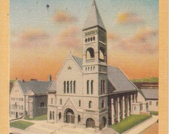 Des Moines, Iowa Vintage Postcard - St Ambrose Cathedral -