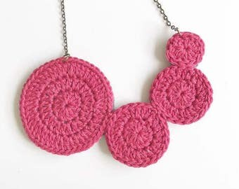 Crochet Circles Necklace