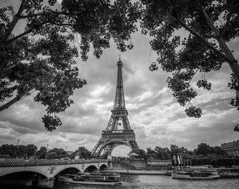 Eiffel Tower, Paris France, Black & White Paris, Paris Photography, Eiffel Tower print, Paris Photographic Print