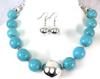 Glass Bead Turquoise and Silver Necklace