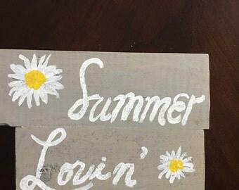 Summer lovin' sign