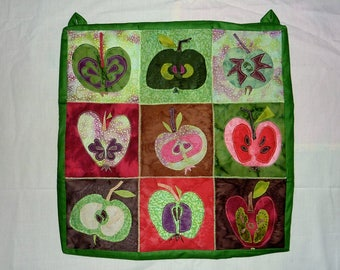 Red Apple Wallhanging