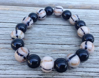 Striped & black beaded stretchy bracelet